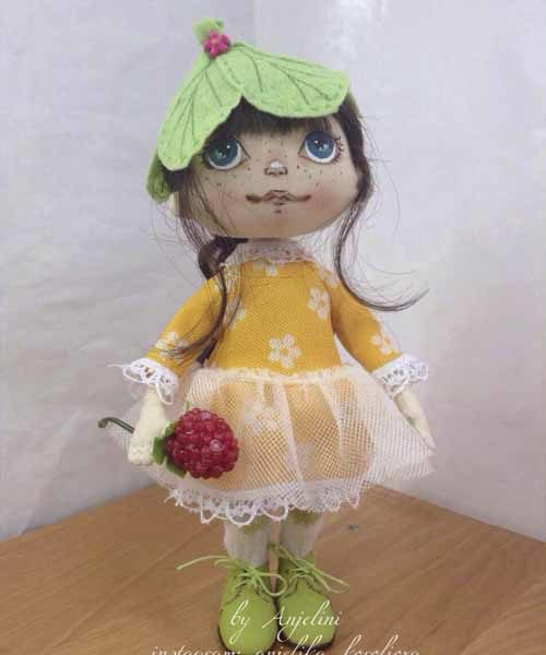 кукла для подарка